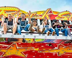 riders enjoying fair ride
